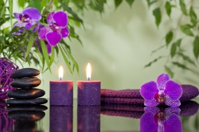 свечи, спа камни, цветы, орхидеи