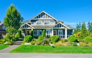 тротуар, трава, особняк, кусты, деревья, дорога, дом, газон, небо, солнце, голубое, дизайн