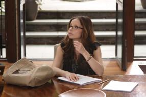 Sarah Michelle Gellar, актриса, очки, документы, шатенка, стол, сумка