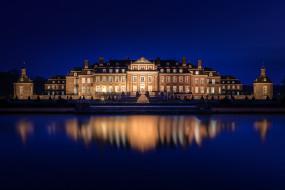 ночь, огни, дворец