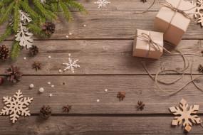 ветки ели, подарки, шишки, новый год