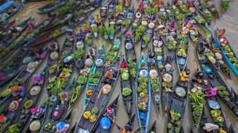Лодки, плавучий рынок, торговля
