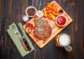 мясо, пиво, картофель, соус, розмарин