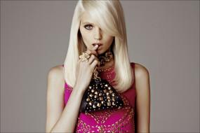 девушки, abbey kershaw, украшения, блондинка, стразы, сумка, модель, эбби, ли, кершо