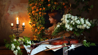 скрипка, свечи, портрет, ноты