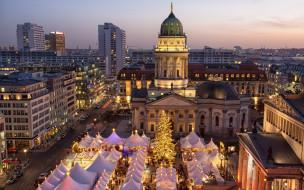 holiday celebration, decoration, украшения, Xmas, lights, елка, night, city, домик, Merry Christmas, Новый Год, design, улица, Berlin, Рождество