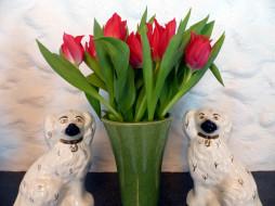 цветы, тюльпаны, ваза, бутоны, статуэтки