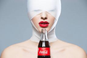 девушка, губы, бутылка, алые