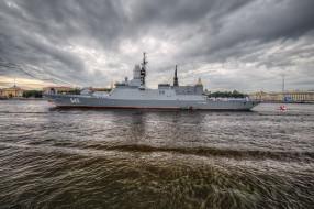 крейсер, река