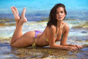 мокрая, модель, пляж, море, Barbara Palvin, вода, шатенка, девушка, купальник, лежит