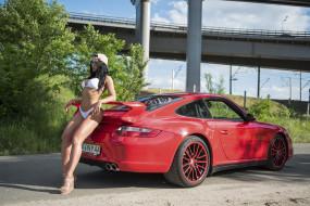 обои для рабочего стола 1920x1282 автомобили, -авто с девушками, купальник, брюнетка, кепка, девушка, красная, машина, мост, кусты