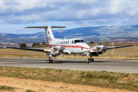Beech200 обои для рабочего стола 2048x1366 beech200, авиация, пассажирские самолёты, аэроплан