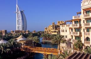 Burj Al Arab & Al Qasr Hotel обои для рабочего стола 2048x1341 burj al arab & al qasr hotel, города, дубай , оаэ, простор
