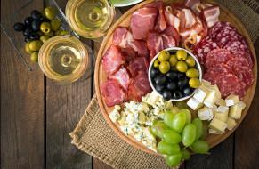 сыр, оливки, вино, колбаса, ветчина