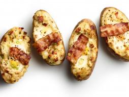 фаршированный, картофель, бекон