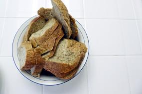 хлеб, ломтики