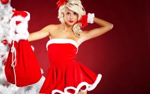 в красном, прическа, перчатки, макияж, игрушки, мешок, снегурочка, платье, шапка, красная, рождество, новый год, шары, фон, блондинка