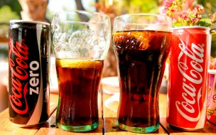 стаканы, напиток