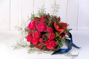 розы, тюльпаны, лента