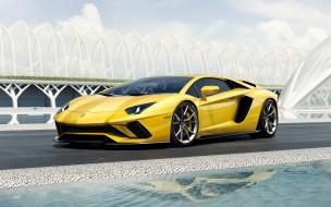 Aventador S, желтый, Ламборгини