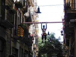 города, - другое, кукла, балкон, здание