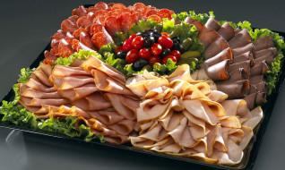 ветчина, колбаса, маслины, ассорти