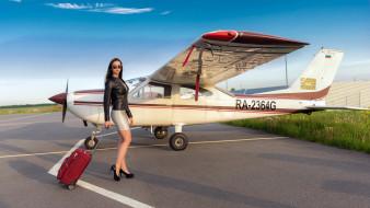 девушка, самолет, багаж