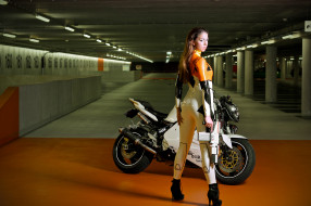 мотоциклы, мото с девушкой, девушка, оружие