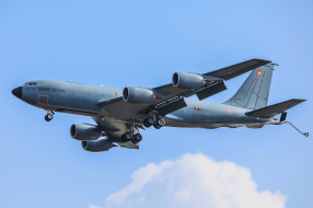 c-135fr, авиация, военно-транспортные самолёты, транспорт, войсковой