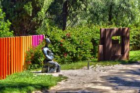 барселона, разное, садовые и парковые скульптуры, забор, растения