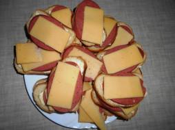 бутерброды, еда, колбаса, хлеб, сыр
