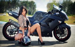 мотоциклы, мото с девушкой, девушка, kawasaki, шлем, брюнетка, шпильки