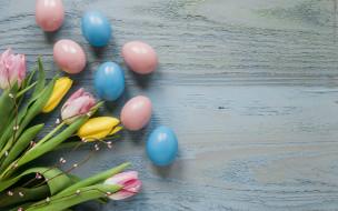 праздничные, пасха, wood, желтые, decoration, happy, spring, яйца, крашеные, yellow, tender, тюльпаны, easter, розовые, весна, цветы, eggs, flowers, tulips, pink