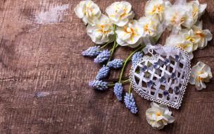 праздничные, день святого валентина,  сердечки,  любовь, весна, heart, love, wood, romantic, сердце, spring, flowers, цветы