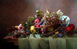 виноград, сливы