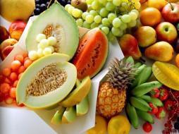 клубника, виноград, арбуз, папайя, бананы