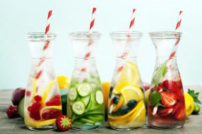 ягоды, фрукты, бокалы, коктейли