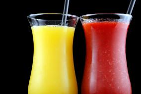 томатный, лимонный, сок, бокалы