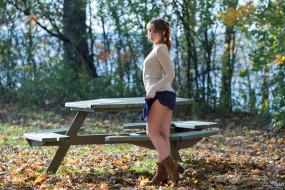 модель, cиняя юбка, модель, женщины на открытом воздухе, кофта, model, women outdoors, sweater, blue skirt, ариэль ребель, ariel rebel