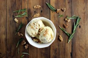 розмарин, орехи, лакомство, мороженое