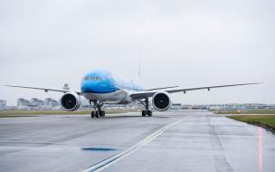 Boeing 777, Boeing, KLM, 777-300, air travel concepts, passenger plane, airport