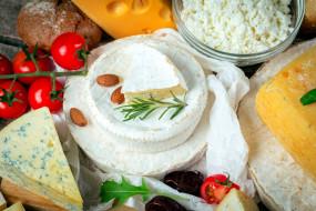 сыр, помидоры, орехи, творог