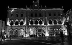 ночь, огни, площадь