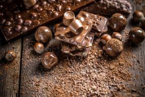 орехи, конфеты, шоколад