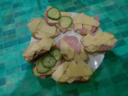 огурцы, бутерброды, сыр, еда, хлеб, колбаса