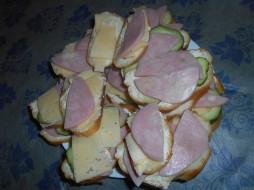 сыр, бутерброды, колбаса, еда, хлеб, огурцы