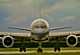 самолет, аэродром, кусты, тучи, небо