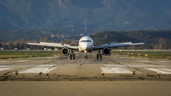 самолет, лайнер, аэродром, гражданская авиация