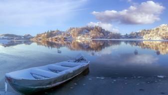 зима, снег, лодка