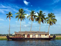 корабли, баржи, пальмы